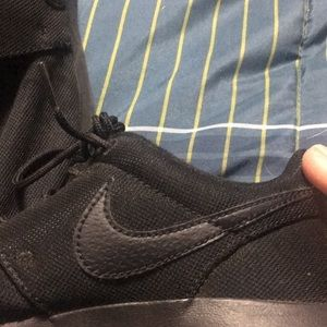 Nike Shoes - Black Nike runners